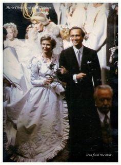 Princess Marie-Astrid of Luxembourg and Archduke Carl Christian of Austria. What a beautiful dress!
