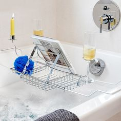 Buy your practical new metal bathtub holder for accessories now! Made of metal 2 cup holders, candle holder and lectern positions) 3 compartments for sponges, soaps, etc. Approximate measurements: (adjustable width) x 22 x 20 cm Carolina Herrera Parfum, Oh My Home, Bathtub Accessories, Shampoo Brush, Aromatherapy Humidifier, Metal Tub, Automatic Soap Dispenser, Magnifying Mirror, Toilet Brush
