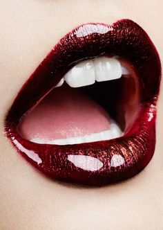 It's time to get a bit glamourous this weekend and attend some winter parties. Lip Art, Lipstick Art, Lipstick Colors, Red Lipsticks, Lip Colors, Lipstick Designs, Lip Designs, Sexy Makeup, Lip Makeup
