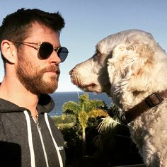 Chris Hemsworth And Wife Elsa Pataky S Dog Sunny Found Chris Hemsworth Thor, Chris Hemsworth Family, Hemsworth Brothers, Cute Photos, Dog Photos, Adorable Pictures, Dog Pictures, Techno, Z Cam