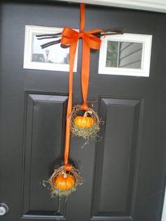Mini Pumpkin Wreath ~ So sweet <3