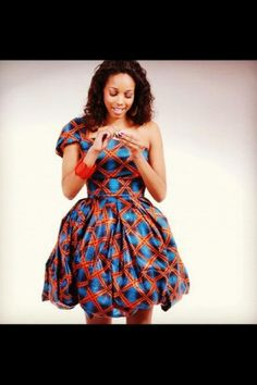 I'd definitely wear this dress #Ankara