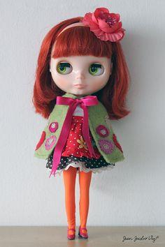 Blythe doll cape Dr.Blythenstein GRAPHIC BOLD by juanjacobovaz, $35.00