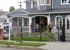 On Friday, the family was spotted viewing a seven-bedroom estate in Studio City, California.  http://www.allaboutthetea.com/2014/02/28/caroline-manzo-moving-to-california/