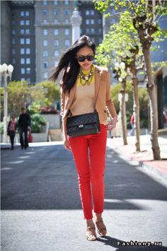 Радуга из брюк / цветные брюки