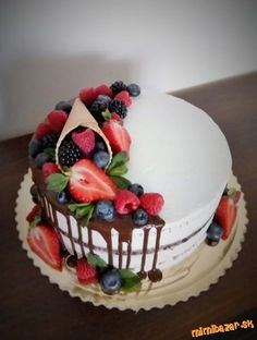 Polonahá drip s ovocím Success Kid, Fruit Cake Design, Fresh Fruit Cake, Pastel Cakes, 50th Cake, Cupcakes, Drip Cakes, Birthday Cake, Birthday Parties