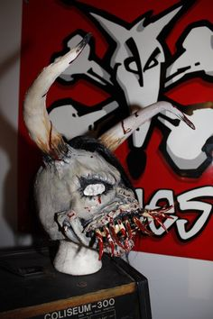 As seen on www.raezorfxdesigns.com Demon Warrior mask with articulated jaw.    © 2010 Raezorfx Designs
