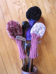 Fuzzy Knit Golf Head Covers by CaddyshackCreative on Etsy, $21.00 I challenged myself and created these for Golfer Ladies.
