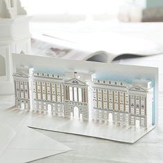 pop-up-buckingham-palace-card