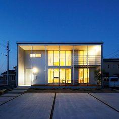 無印良品の家 宮崎店「木の家」モデルハウス。 #無印良品 #無印良品の家 #戸建て #注文住宅 #吹抜け #マイホーム #木の家 #建築 #夜 #暮らし #シンプルライフ #ミニマリスト #ウッドデッキ #muji #mujihouse #room #house #home #homedecor #casa #interior #design #simple #minimal #minimalist #architecture #nightview #japan #miyazaki