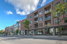 Welcome to Le Milieu, perfectly located in the heart of the Mile End. This project is just steps awa...