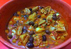 Buridda con stoccafisso e patate un classico piatto della cucina Ligure ricco di sapori ed aromi nutriente e leggero con pochi grassi