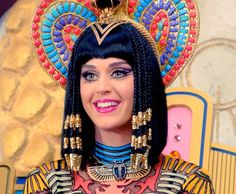 KATY PERRY DARK HORSE - The most watched YOUTUBE music video of 2014.