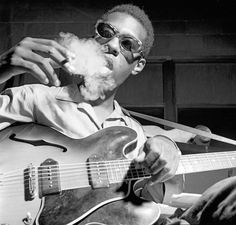 Grant Green with an early Gibson ES-330