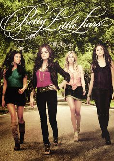 Pretty Little Liars - Shay Mitchell, Lucy Hale, Ashley Benson and Troian Bellisario