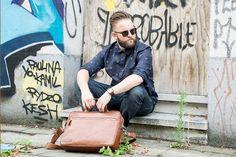 Urban Bozz mannentas: CLEVELAND. Cleveland schreeuwt stijl! De combinatie van moderne snit en prachtig bruin leer zorgt voor een tijdloos geheel.