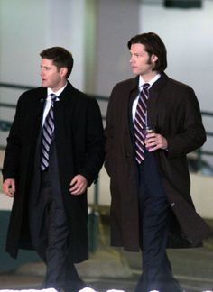 Jared Padalecki Photos: Jared Padalecki And Jensen Ackles Fight The Cold Weather For Their Show
