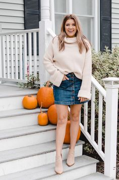 Denim Skirt Outfits, Denim Skirts, Outfits With Jean Skirt, Jean Skirts, Midi Skirts, Long Skirts, Fall Skirts, Short Jean Skirt, Turtleneck Outfit