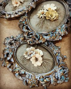 42 New Ideas Shabby Chic Diy Furniture Antiques Frame Crafts, Diy Frame, Diy Crafts, Deco Luminaire, Antique Picture Frames, Shabby Chic Frames, Decoupage Art, Paint Furniture, Shabby Chic Furniture