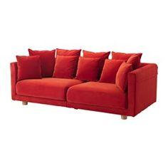 IKEA - STOCKHOLM 2017, Sofa trzyosobowa, Sandbacka pomarańczowy, , Aksamit to delikatna, luksusowa tkanina, która jest odporna na wytarcie i łatwo się czyści przy pomocy delikatnej nakładki ze szczoteczką do odkurzacza.Poduchy siedziska i oparcia zapewniają komfortowe wsparcie dla Twojego ciała i łatwo odzyskują swój kształt, ponieważ są wypełnione pianką wysokoelastyczną i poliestrem.Poduchy oparcia można odwracać, ponieważ mają tę samą tkaninę po obu stronach. Zapewni to równomierne…