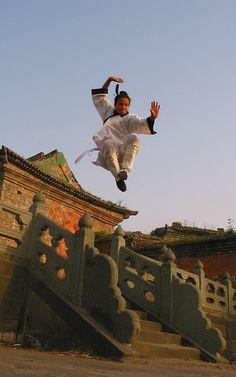 ♂ World martial art Chinese Wudang Kungfu Kung Fu Martial Arts, Chinese Martial Arts, Martial Arts Movies, Martial Arts Workout, Martial Artists, Aikido, Tai Chi, Marshal Arts, Kung Fu Movies