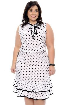 Buy plus size women's tops from Fashionmia. We have women's plus size fashion tops of many trendy styles and colors with cheap price. Come buy now! Vestidos Plus Size, Plus Size Dresses, Plus Size Outfits, Plus Size Fashion For Women, Plus Size Women, Plus Fashion, Fashion Fall, Big Size Dress, The Dress