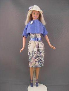 Violetta. Zelfgemaakte Barbie kleding te koop via Marktplaats bij de advertenties van Nala fashion. VERKOCHT