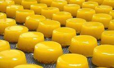 Brisas - do - Lis Sweet Desserts, No Bake Desserts, Dessert Recipes, New Recipes, Sweet Recipes, Doce Banana, Comida Latina, Portuguese Recipes, Portuguese Food