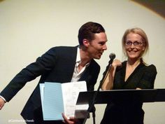 Benedict Cumberbatch & Gillian Anderson auctioning the Letters of Note book which Caitlin Moran purchased.