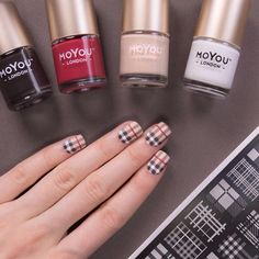 Hipster 05 & Holy Shapes 19 // Nail polishes: Toasted Mocha, White knight, Femme Fatale & Cafe au Lait.