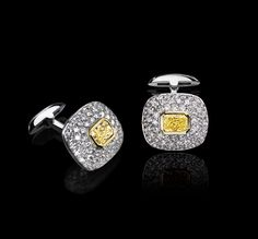 LEVIEV jewelry cufflinks - Yellow and White Diamond Cuff Links - totaling 6.22 carats, handcrafted in 18 karat gold