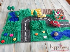 Happy Berry Crochet: CAL Crochet Road Play Mat - Tutorial Vegetable Patch & Flower Field (use grass pattern for other play mat) Crochet Game, Crochet For Kids, Diy Crochet, Crochet Dolls, Ravelry Crochet, Crocheted Toys, Tutorial Crochet, Crochet Flower, Bookmarks Kids