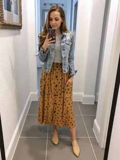 Mar 2020 - A denim jacket is a closet staple. I wear my constantly in the spring and fall! These are some great denim jacket outfit ideas, and some shopping options. Skirt Outfits, Casual Outfits, Cute Outfits, Midi Skirt Outfit Casual, Denim Jacket Outfits, Striped Skirt Outfit, Work Outfits, Modest Fashion, Fashion Outfits