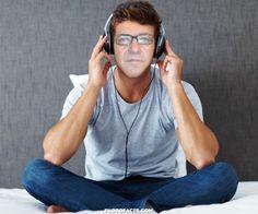 be,oggi mi ascolto una bella canzone d'amore.