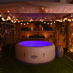 These swim spa and Jacuzzi designs for your backyard we have found can be adapted to the space you want to install them into and the overall décor and feel from your style of decoration. Hot Tub Gazebo, Hot Tub Backyard, Hot Tub Garden, Backyard Patio, Lazy Spa, Deco Spa, Hot Tub Room, Tub Enclosures, Floating Lights