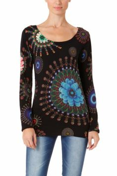 Desigual women's Ocean knitted jumper with a very psychedelic print. Soft to touch. Funky Outfits, Cool Outfits, Summer Outfits, Modern Fashion, Boho Fashion, Winter Fashion, Moda Boho, Ethnic Print, Woman Shirt