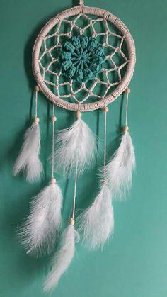 Atrapa sueños Crochet Home Decor, Crochet Mandala, Dreamcatchers, Crochet Dolls, Indigo, Diy Crafts, Knitting, Decoration, Dream Catchers