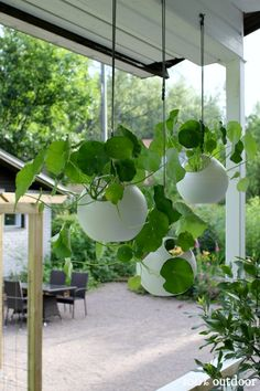 100% outdoor: Valkoista parvekkeelle