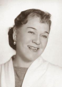 paraje tunero: Nellie Campobello. Crónica de un secuestro de Césa...