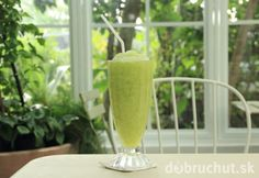 Green smoothies are always a good idea! Healthy Drinks, Healthy Recipes, Cored Apple, Hemp Hearts, Unsweetened Almond Milk, Green Smoothies, Serving Size, Vegan Vegetarian, Fruit