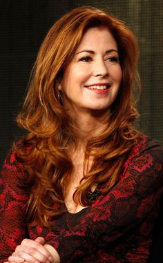 When I look at Dana Delany I see class, intelligence, and talent. What a woman: the kind i would love to have as a friend :) Famous Celebrities, Beautiful Celebrities, Beautiful Actresses, Gorgeous Women, Celebs, Dana Delany, Supergirl, Jolie Photo, Beautiful Redhead