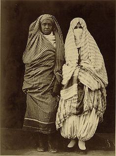 FEMME RURAL TUNISIE-Image d'antan de la Tunisie