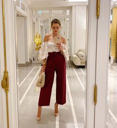 From dancing with your friends to a romantic dinner date, below you can find 20 casual, cool and comfortable fall date night outfits Dinner Outfits, Night Outfits, Classy Outfits, Stylish Outfits, Spring Outfits, Look Fashion, Autumn Fashion, Fashion Outfits, Womens Fashion