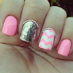 Nails Pink zigzag