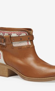 Athe Vanessa Bruno Brown, Cream And Red Boot