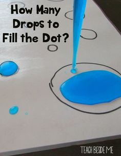 *more or less unit* Eye Dropper Dot Counting - Fun Preschool sensory counting activity! Preschool Lessons, Preschool Classroom, Preschool Learning, Kindergarten Math, Classroom Activities, Learning Activities, Science Activities For Preschoolers, Capacity Activities, Montessori Preschool