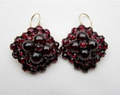 Shop Victorian Garnet Dangle Earrings at Isadoras Antique Jewelry. Garnet Jewelry, Royal Jewelry, Red Jewelry, Garnet Earrings, Garnet Gemstone, Dangle Earrings, Jewellery, Wedding Rings Vintage, Antique Engagement Rings