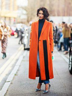 Yasmin Sewell in a bright orange coat & metallic heels #style #fashion #streetstyle