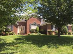 SOLD! 100 Brookview Dr. Richmond, KY  Move-in ready! 3 bedroom, 2.5 bath. Corner lot in nice neighborhood!