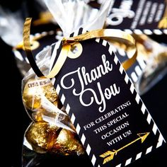 Graduation party favor thank-you tags in stylish black, white and gold with arrow motif. Customize with your own personal message! FILE INCLUDES: Graduation Favor Tags (2'' x 4'')PDF FormatHigh resolution - 300dpi
